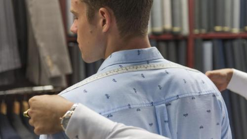 [3] Following which, our tailor takes precise measurements of your shoulder from the back